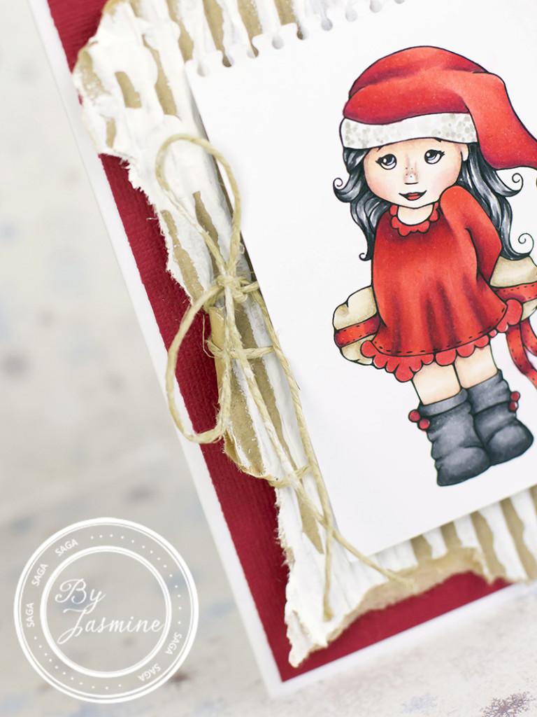 2015 12 Saga Claus with Christmas Gift 1